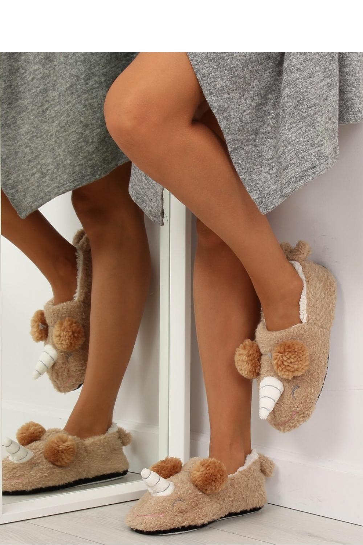 Papuci model 122845 Inello